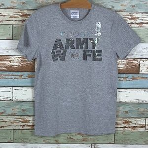🔥🌟Proud Army Wife Shirt👚⭐️💥